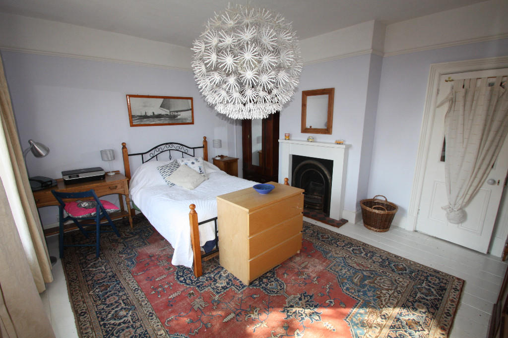 oldbedroom2